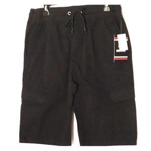 Akademiks cargo shorts L